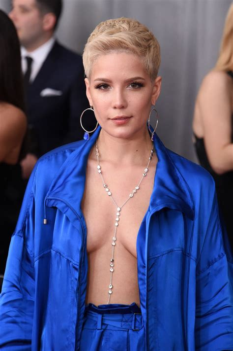 Los Angeles Records 2017 Halsey At Grammy Awards In Los Angeles 2 12 2017