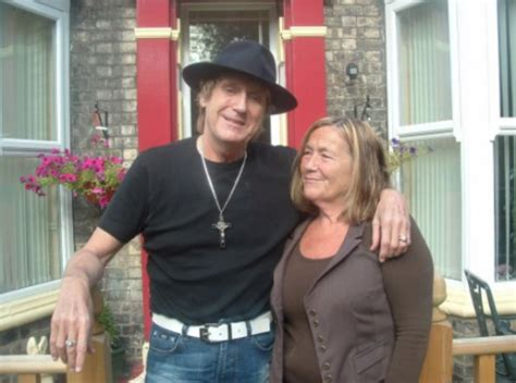 news archive joe longthorne mbe official site