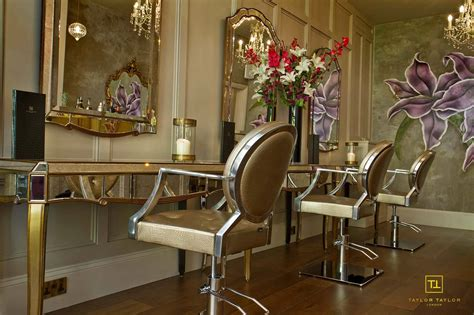 Hair Manicure Di Salon interiors