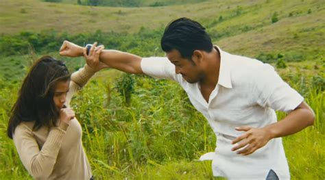 film yang dibintangi fedi nuril dan acha septriasa bikin tegang acha septriasa bertarung dengan dwi sasono