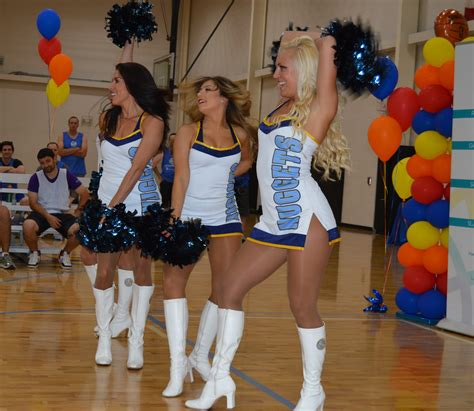 denver nuggets dancers entertain  crowd  game