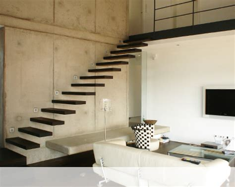 innen türen idee freitragend treppe