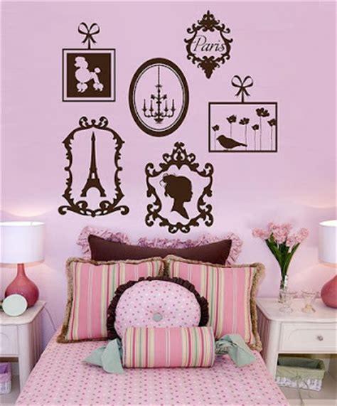 paris themed bedroom for girl itmom parisian themed little girls bedrooms