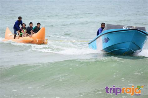 banana boat ride in goa watersports activities in goa guide locations