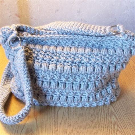 use this envelope purse free crochet pattern to create a puffy seed stitch purse free crochet pattern