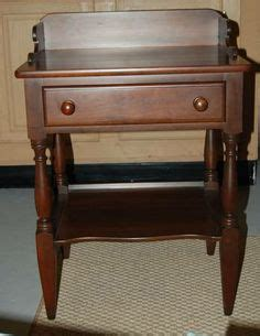 willett furniture cherry endtable from columbus in