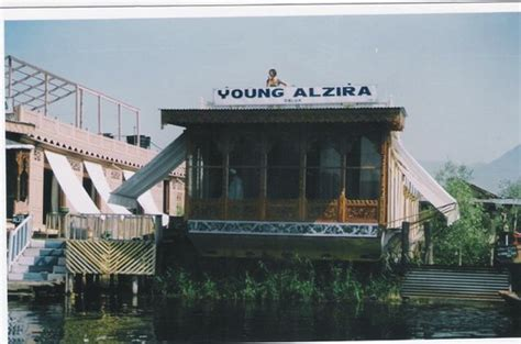 house boat srinagar price young alzira group of house boats updated 2017 b b