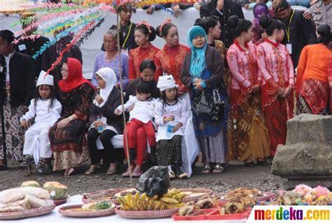 Rambut Gimbal Bandung foto kisah ruwatan potong rambut 7 anak gimbal di