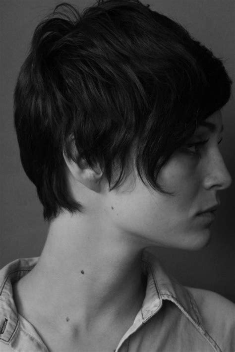 casual hairstyles for brunettes 30 amazing refreshing super short haircuts for women
