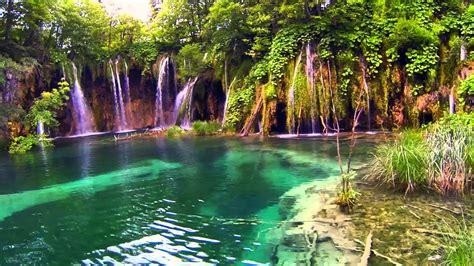 imagenes de movimientos naturales 9466 laguna de agua cristalina con cascadas efecto