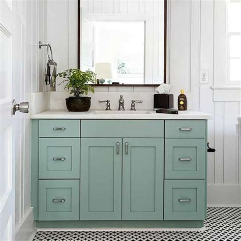 Bathroom Cabinets Painting Ideas by Best 25 Paint Bathroom Cabinets Ideas On