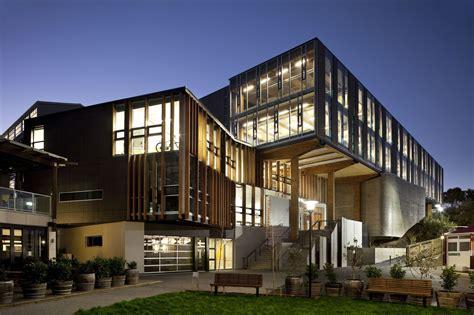 design art college of new zealand te ara hihiko athfield architects archdaily