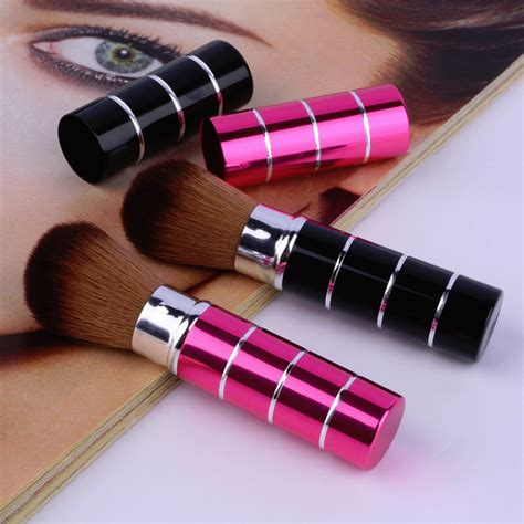 Kuas Makeup kuas make up blush on retractable brush black