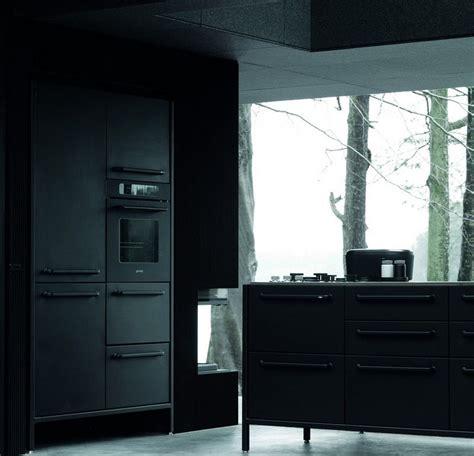 cuisine vipp meubles industriels noirs dans la maison pr 233 fabriqu 233 e vipp