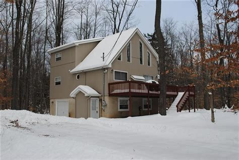 houses for rent in poconos pa poconos vacation homes vacation properties for sale in arrowhead lakes poconos pa