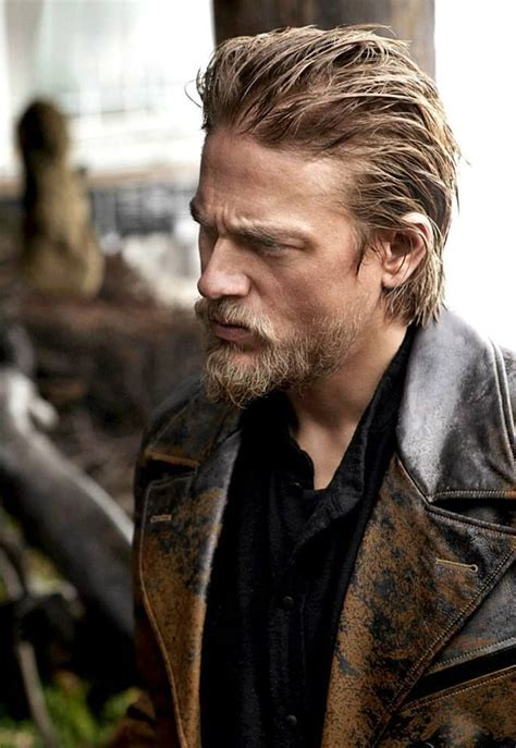 how to get charlie hunnam hair 22 best sideburns images on pinterest hairdos sideburns