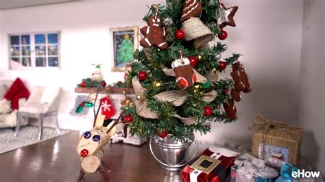 how to put ribbon on christmas tree how to put ribbon garland on a tree