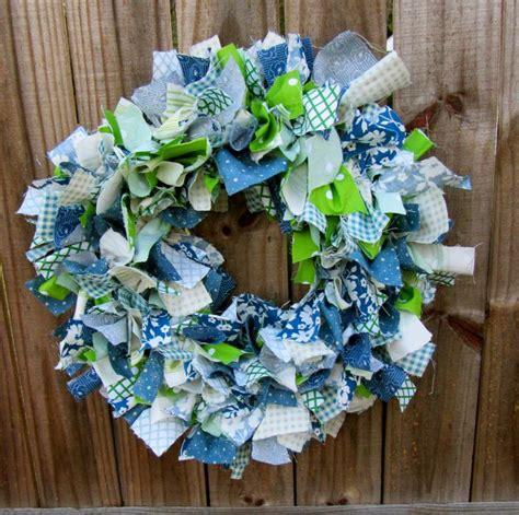 pattern for fabric wreath diy fabric wreath tutorial craft pinterest