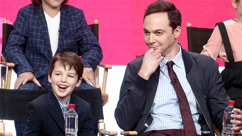young sheldon actor age jim parsons hails young sheldon star as in control kid