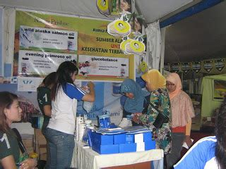 Bedak Marcks Di Kimia Farma all about cosmetics of kimia farma bedak marcks dalam event prm