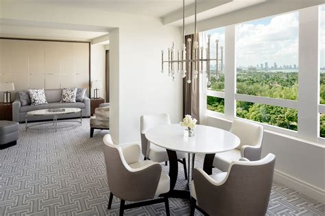 hotels in miami with 2 bedroom suites fontainebleau miami beach rolls out upgraded suites