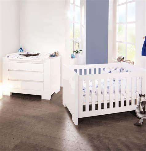 chambre bebe evolutif pas cher pinolino cchambre b 233 b 233 sky blanc lit 233 volutif et commode 224