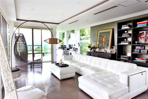 Livingroom Chairs by 6 Cozy Living Rooms Of Pinoy Celebrities Rl
