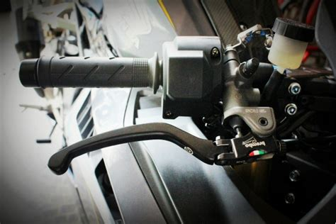 Breket Kaliper Brembo Xmax Belakang 2piston 1pin Yamaha Limited xtrememotor shop