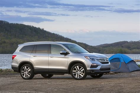 honda pilot 2017 honda pilot reviews and rating motor trend
