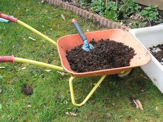 compost utilisations au jardin au potager et pour les