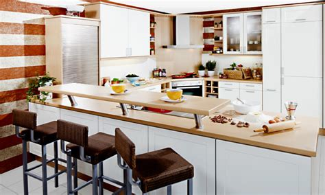 küche mit dunklen holzfußböden moderne k 252 che mit theke moderne k 252 che mit theke