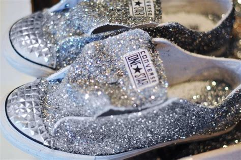 decorar zapatillas con glitter glitter sneaker diy converse one star for target the