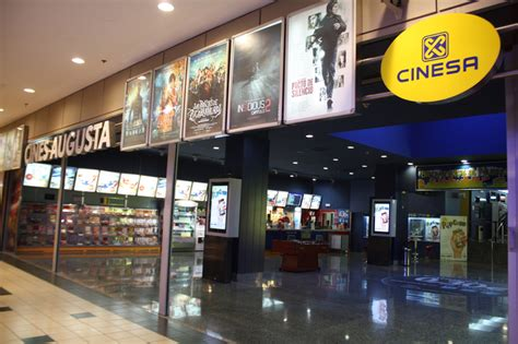sala augusta cine palma de jumanji a thor los cines augusta bajan la persiana