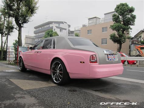 roll royce pink pink rolls royce phantom by office k autoevolution