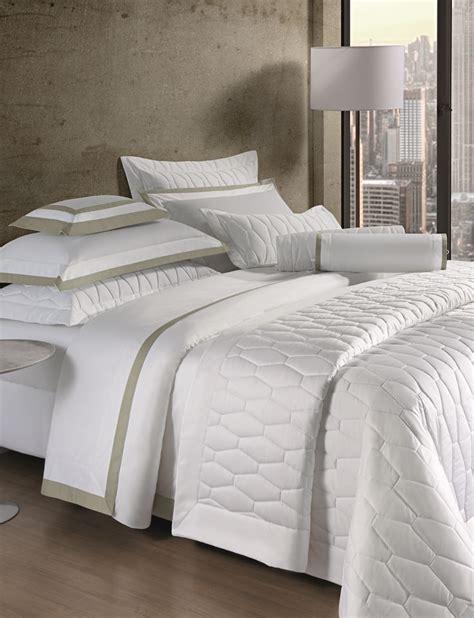 mille o melhor tecido do mercado toque acetinado traz suavidade e conforto o design