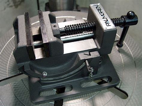 bench vise definition bench vice definition bench vise meaning 28 images bench