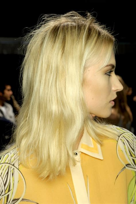 Hair Style Consultant Nyc by Redken S Backstage At Roberto Cavalli Milan