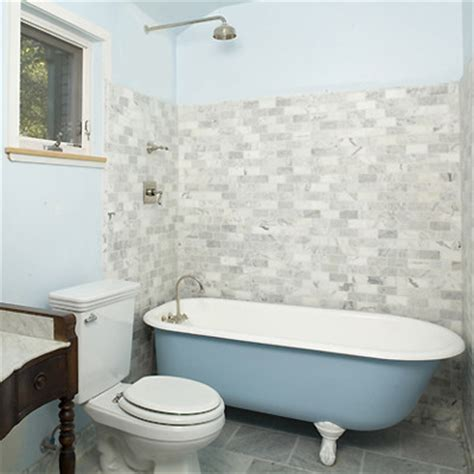 clawfoot tub bathroom design i like the showerhead and tile with the clawfoot tub but