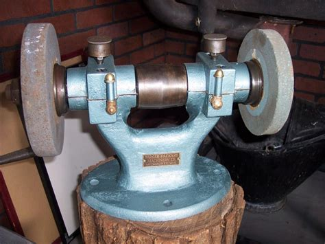 belt driven bench grinder old belt driven grinder pictures to pin on pinterest pinsdaddy