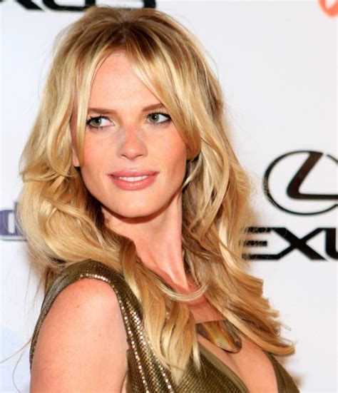 blonde hairstyles long layers long blonde layered hairstyles 2012