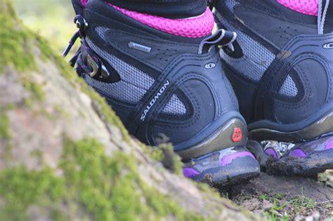 womens salomon comet 3d tex walking boot review