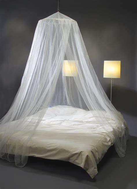 cama con mosquitera mosquitera para cama blanca