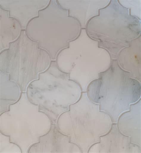 Arabesque Tile Oriental White Marble Honed. For the city