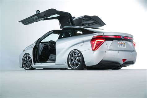 future toyota toyota back to the future mirai concept or who brought the