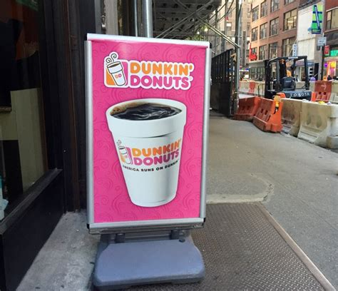 Rachael Doesnt Like Dunkin Donuts Coffee Any More Than We Do by Dunkin Donuts Powdered Donuts Are To Find