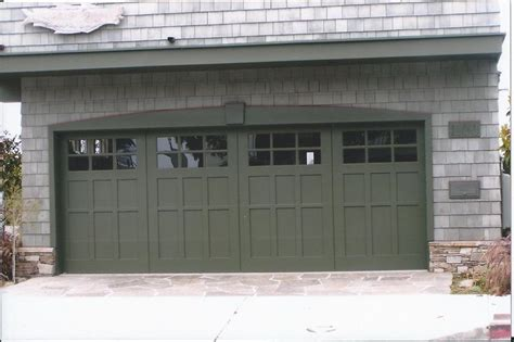 craftsman garage door best 25 craftsman garage door ideas on garage