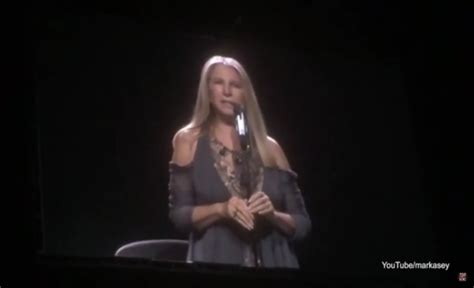 barbra streisand video trump just in barbara streisand repeatedly stops concert to