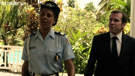 shadowed paradise series 1 an detective roams the caribbean in