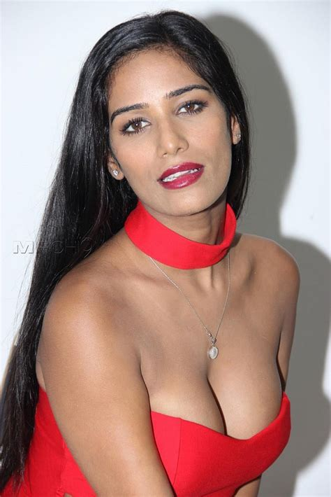 punam kuor shayri imeges poonam pandey profile and latest pics hot n sexy