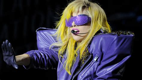 lady gaga mini biography new york university biography com